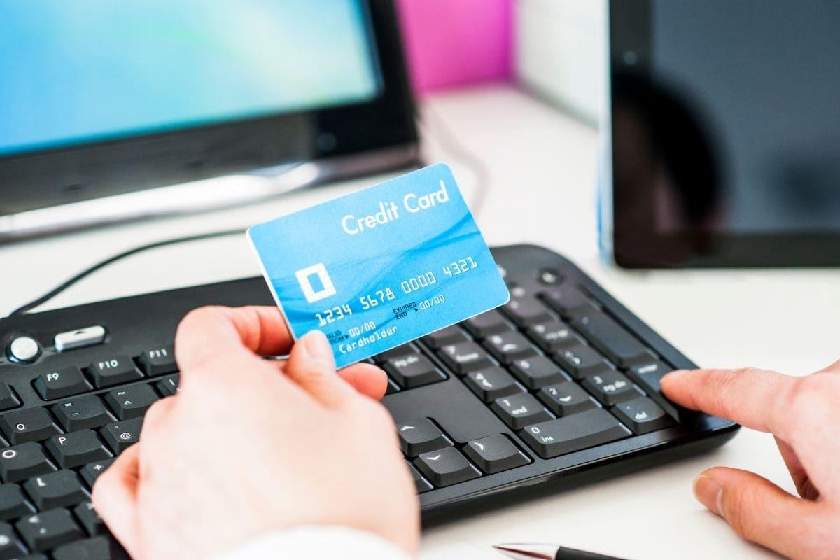 ハイローオーストラリアの入金はクレジットカードがベスト