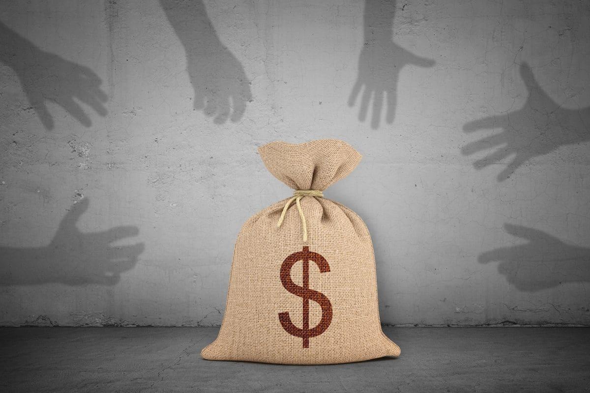 インスタのバイナリーレクチャーの目的は「金」
