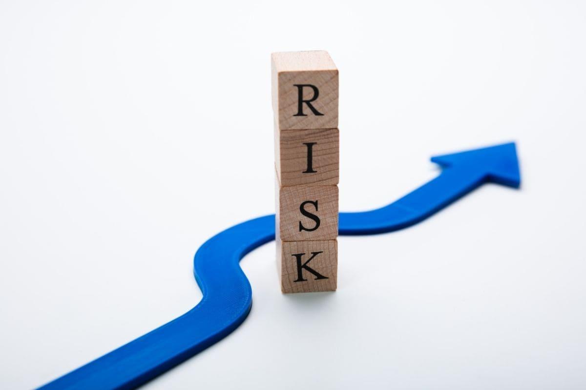 バイナリーオプションのリスク回避術
