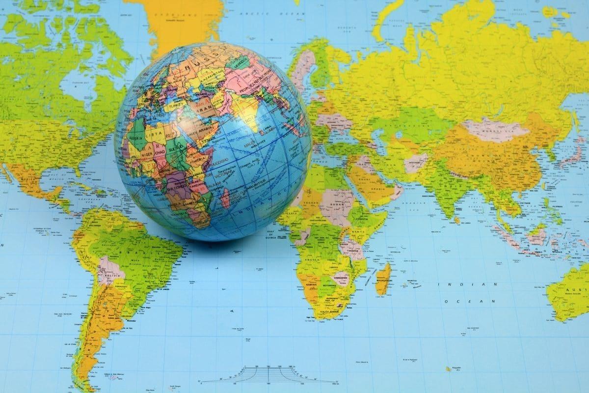 バイナリーオプションは国内よりも海外の評判が圧倒的に良い